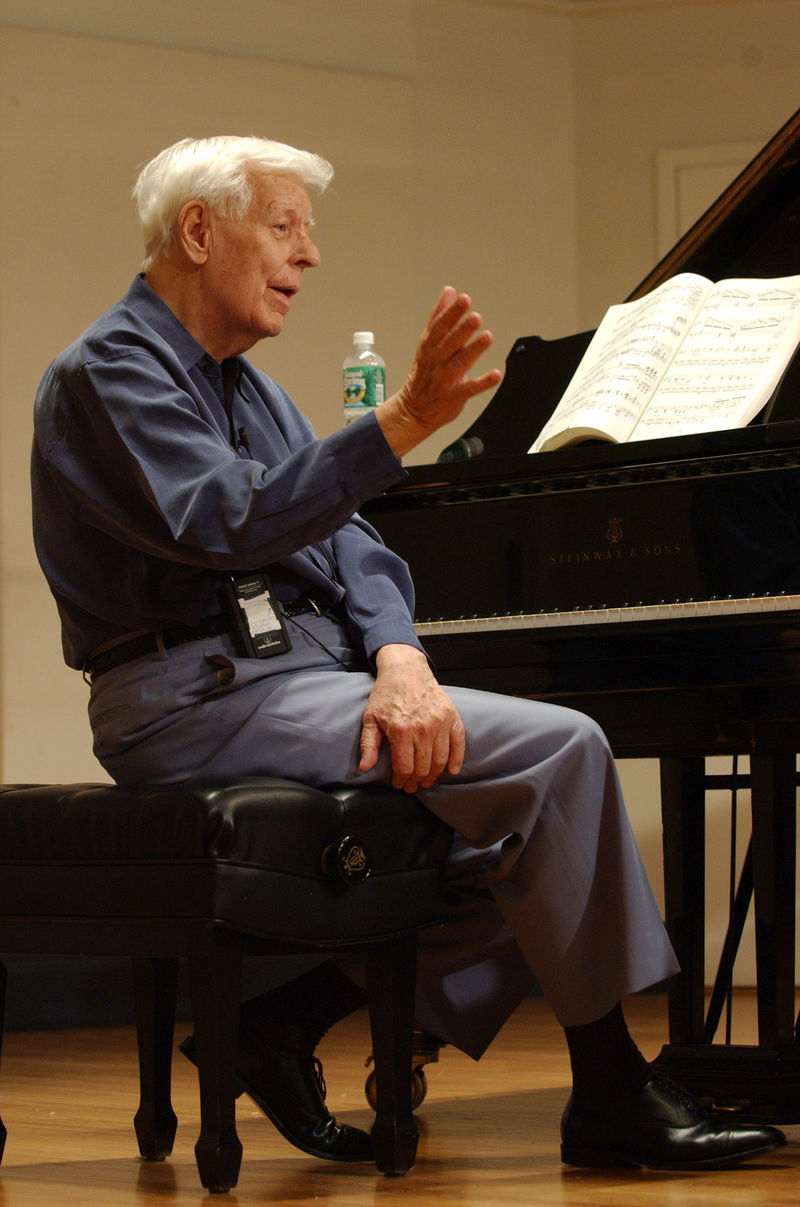 Piano virtuoso Earl Wild dies aged 94