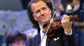 Rieu storms UK pop charts – for the second time!