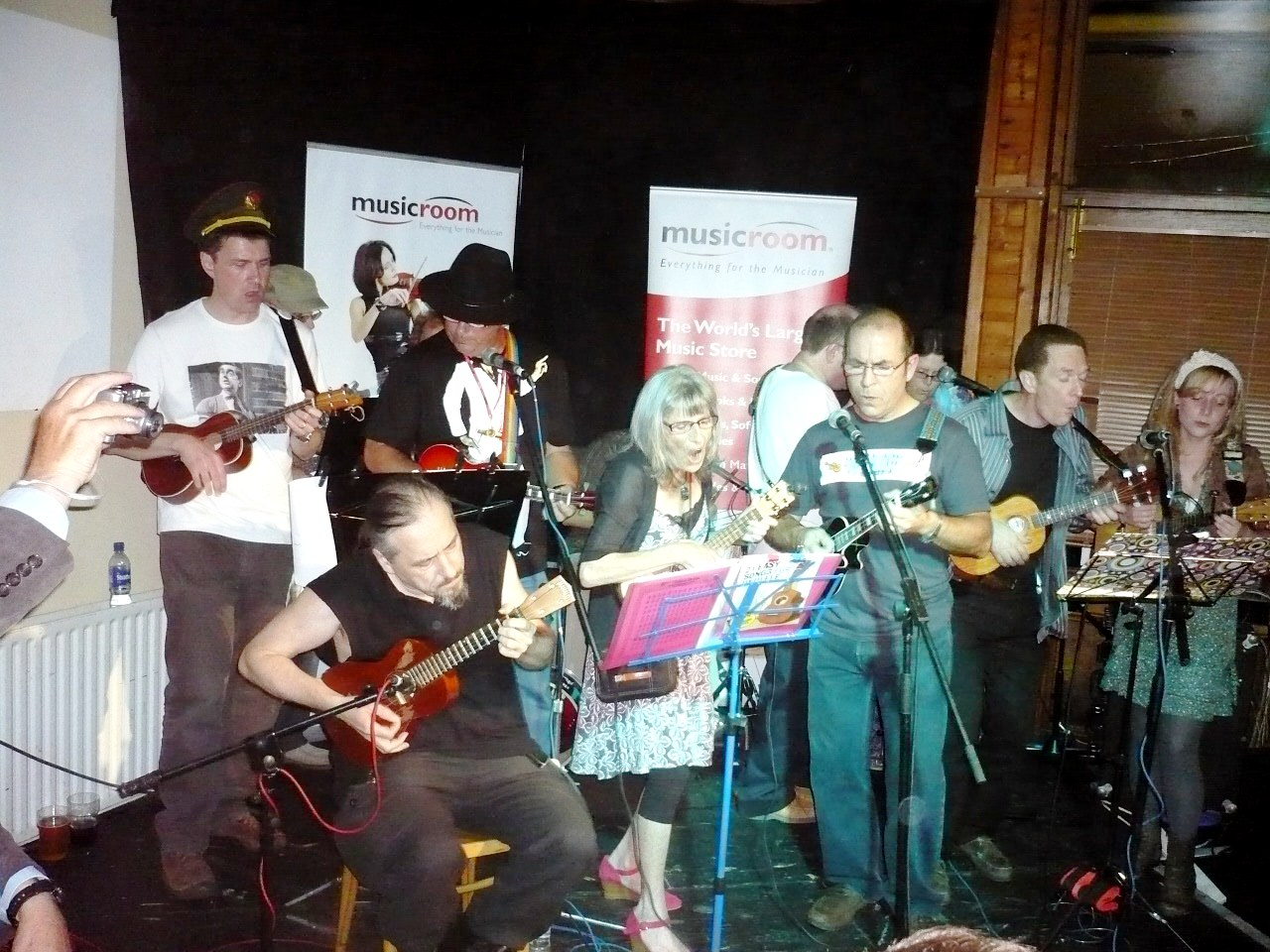POMPULELE, Portsmouth's first ukulele festival a success!