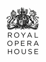 Community choir sings at Royal Opera House